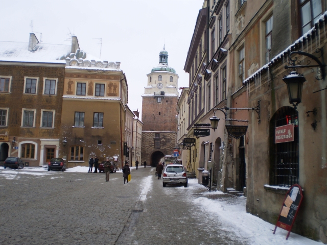 cracows-gate